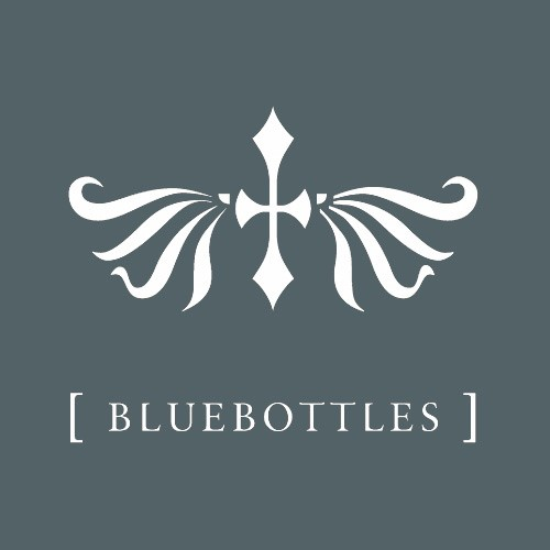 10-bluebottles-logo-reversed72